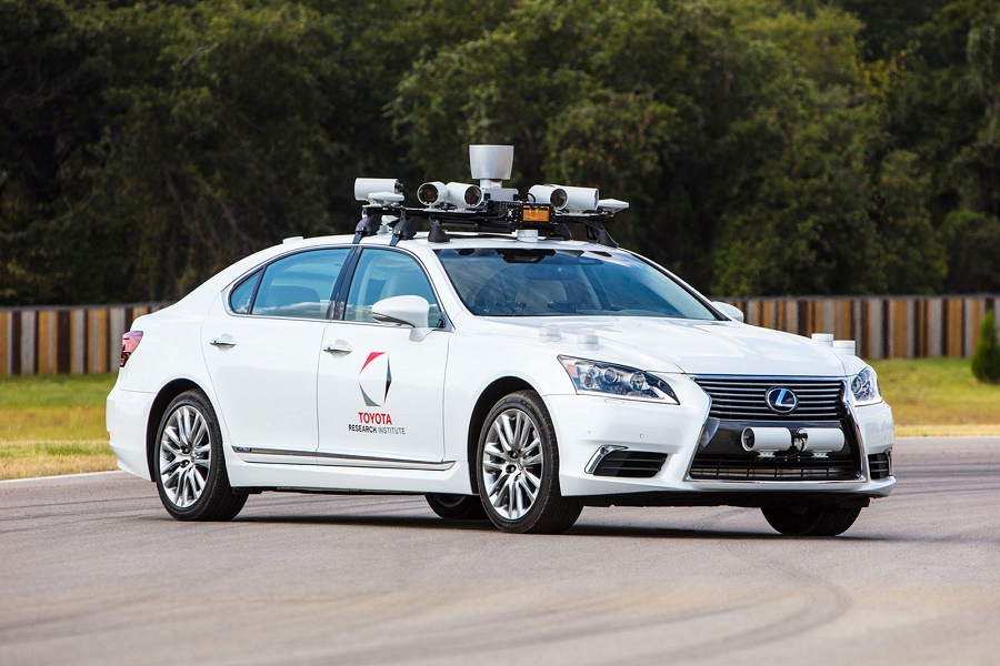 Toyota will test autonomous cars